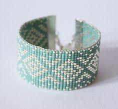 Tissage perles delicas miyuki / ARGENT, bleu vert clair : Bracelet par tadaam-bracelet
