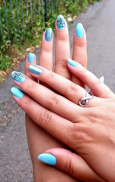 Summer nails , blue ombre nails , mirror powder