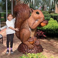 This large squirrel statue is so big, it's nuts! Wirral the Enormous Squirrel statue stretches up to nearly five feet of woodland animal fun! Another quality Design Toscano exclusive life size animal statue that makes a big impact! Tree Carving, Wood Carving Art, Wood Art, Squirrel Species, Giant Squirrel, Squirrel Girl, Animal Statues, Carving Designs, Cool Pets