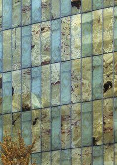 Kengo Kuma - Stone facade