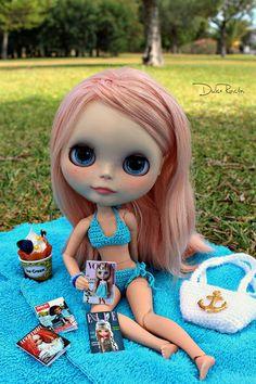 Hoy hace mucha calor asi que  Me puse mi bikini Azul 🎵🎵