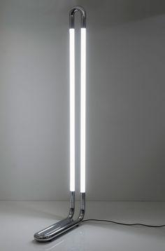 Aldo van den Nieuwelaar for Domani, 1969 Interior Lighting, Modern Lighting, Lighting Design, Blitz Design, Decorative Floor Lamps, Vintage Furniture Design, Diy Upcycling, Standard Lamps, Lighting Solutions