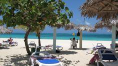 En un rincón de la costa norte de Holguín, al oriente de Cuba, se encuentra uno de los paraísos turísticos inigualables de la Isla: la playa Guardalavaca.