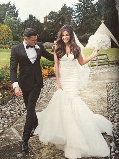 Michelle Keegan Got Married In Front Of Her Family And Friends Here Are The Best Wedding Dress Pictures That We Have Gathered To Inspire