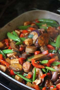 Tofu Sriracha Veggie Stir-Fry. Fast and delicious! The perfect summer meal.