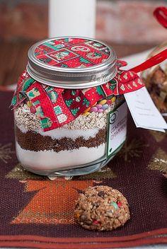 pomysl na prezent - skladniki na ciasteczka w sloiku + przepis :) Mason Jars, Sugar, Canning, Breakfast, Diy, Christmas, Food, Recipes, Morning Coffee