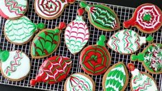 Decorate beautiful gingerbread cookies for the holidays using Betty Crocker Cookie Icing. Its so easy to make these pretty swirled patterns in your freshly baked cookies and will really add some color to your trays or boxes of cookies.