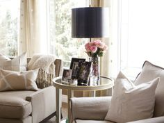 Home Sweet Home: Create Your Favorite Place on Earth - Alice Lane Home Interior Design Side Table Styling, Side Table Decor, Side Tables, Cool Ideas, Living Room Inspiration, Home Decor Inspiration, Design Inspiration, Living Room Decor, Living Spaces