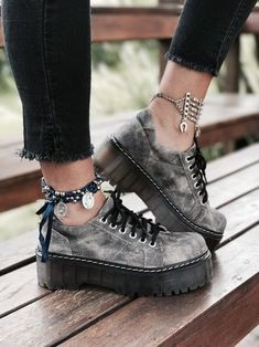 25 Women Shoes To Copy Asap - Daily Fashion Dr Shoes, Sock Shoes, Me Too Shoes, Shoes Heels, Footwear Shoes, High Heel Boots, Heeled Boots, Shoe Boots, High Heels