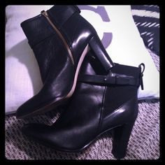 """Ann Taylor ankle boots. Black w gold side zipper. Very gently worn, only noticeable on sole of shoes. Heals and upper body of shoe are perfect. 100% leather, black with gold side zipper, elastic stretch panel. Super comfy, 3"""" heal. Ann Taylor Shoes Ankle Boots & Booties"""