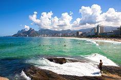 O cenário é classificado como perfeito. Assim é a definição da praia de Ipanema, que está entre as mais freqüentadas do Rio de Janeiro, e entre as mais famosas do Brasil.