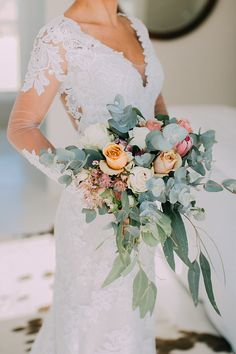 Beautiful Bouquets, Rose Bouquet, Bridal Style, Roses, Pastel, Bride, Wedding Dresses, Unique, Lace