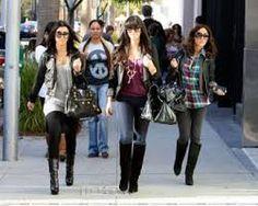 sisters kardashian