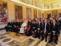 El Santo Padre Francisco criticó el uso del nombre de la religión para