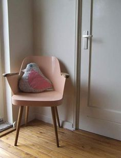 sweet cushion, and the chair is lovely