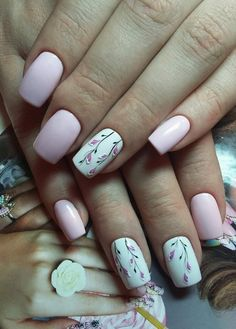 Pink white elegant simple gorgeus flower lavander nail art spring nail art 2017
