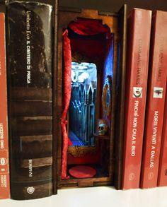Haunted House Diorama Bookshelf Insert Infinite Mirror, 9 Volt Battery, Small Skull, Magic Mirror, Acrylic Mirror, Small Plates, Cool Eyes, Diorama, Bookshelves