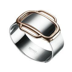 Le bracelet Attelage en argent et or rose d'Hermès http://www.vogue.fr/joaillerie/le-bijou-du-jour/diaporama/le-bracelet-attelage-en-argent-et-or-rose-d-hermes/16299