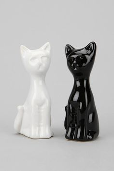 Cat Salt And Pepper Shaker - Set Of 2 @ $8.00  @Samantha Hoffman for your collection!?  Yes Yes Kathelyn!!  Thanks for thinking of me!!