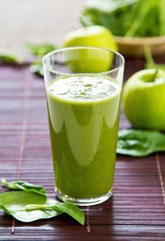 Ein sehr klassischer grüner Smoothie mit ganz besonderem Aroma. Die Vielfalt der einzelnen Zutaten kommt hervorragend zur Geltung. Für uns ein echter Klassiker unter den grünen Smoothies, den wir immer wieder gerne zubereiten.Hulk - der Power-Protz - Zutatenhalbe handvoll Rucola ca. 1/3 Salatgurke 1 handvoll Spinat 1 Stange