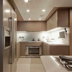 Italian Modern Design Kitchens - Ernestomeda Yacht Division