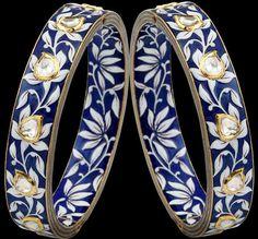 Sunita Shekhawat Jewellery by Notandas Jewellers Royal Jewelry, Hand Jewelry, Indian Jewelry, Jewelry Art, Diamond Jewelry, Jewelry Design, Bridal Bangles, Jewellery Sketches, Bagan
