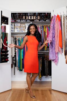 How she made a small closet functional is beyond me.