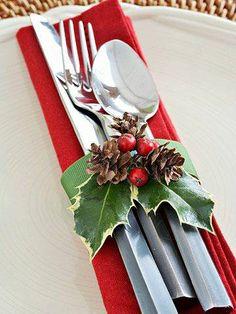 attractive Christmas cutlery presentation