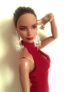https://flic.kr/p/GSP9aJ | Vanessa Gordon (Misty Copeland Barbie) | I know I said I wasn't getting this doll, but once I saw irl pics I was won over. I still say this doll looks nothing like Misty Copeland, but that's just me. Misty looks like such a sweet person, but Vanessa here looks like a total vixen, not that that's a bad thing lol! This is my first doll with a ballet body, so I was surprised to see that she basically has a pivotal model muse body with slightly wider hips. Also, her…
