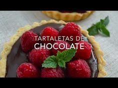 Receta fácil y sencilla de tartaletas de chocolate con fresas o frambuesas. Aprende con esta video receta paso a paso, ¡te van a encantar! Mexican Jello Recipe, Jello Recipes, Food Videos, Recipe Videos, Chocolate Desserts, Pie, Queso, Cooking, Youtube