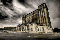 detroit landmark | km from Michigan Central Station to North Corktown