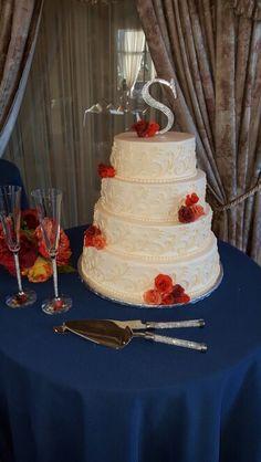 Ivory wedding cake by Karen's Kaykes