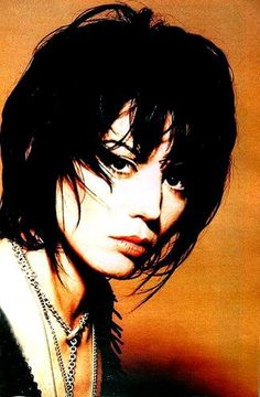 Joan Jett Fan Sandy West, Cherie Currie, Short Choppy Hair, Lita Ford, Women Of Rock, Music Pics, Joan Jett, Star Wars, Rock Legends