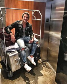 #MarianoDiVaio Mariano Di Vaio: Bye bye #NY by bye @hotelamericano it was great to be here again! See you soon, now direction #Miami ✈️ #MdvAroundTheWorld