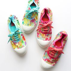 Floral print shoes...repinned by: Beneva Flowers - Sarasota, FL