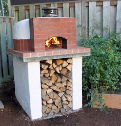 One of our very first Mattone Cupola Wood Fired Pizza Ovens.. 4 years later, she still looks and works like new! The oven was poured & packed in less than 2 hours! BrickWoodOvens.com