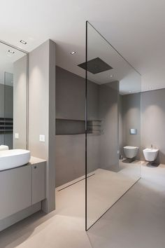 Discover the latest bathroom design trends for your amazing project, and create the bathroom of your dreams with these inspirational design ideas! Bathroom Interior Design, Bathroom Makeover, Luxury Bathroom Vanities, Modern Bathroom, Minimalist Bedroom, Bathroom Design Luxury, Luxury Bathroom, Bathroom Decor, Small Bathroom Makeover
