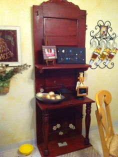 Made from an old door. With shelving and old hooks. So cute HU?