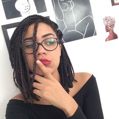 Short box braids are a great alternative to their longer counterparts. Here are 35 great ways to wear short box braids. Box Braids Hairstyles, My Hairstyle, Cool Hairstyles, Braided Hairstyles For Black Women, Braids For Black Women, Curly Hair Styles, Natural Hair Styles, Bob Braids, Pixie Braids