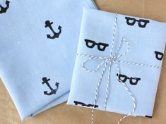 Father's Day DIY: Hand Stamped Handkerchief for Dad   papernstitch.....Great idea for making any stamper for stamping anything!!!  I also think an empty prescription bottle with lid would work great too, instead of empty film canister if not available!