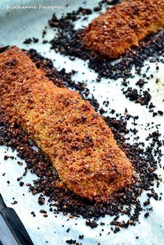 Łosoś w okruchach chleba. Salmon with bread crust Animal Print Rug, Salmon, Bread, Fish, Desserts, Tailgate Desserts, Deserts, Brot, Pisces