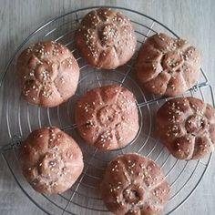 Semínkový chléb bez mouky   brydova.cz Zentangle, Muffin, Breakfast, Projects, Food, Meal, Eten, Zen Tangles, Meals