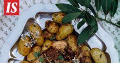 Teresa Välimäen uudessa keittokirjassa on herkullisia ohjeita. Se on myös kuin pieni nojatuolimatka kesäiseen Ranskaan. Lamb Recipes, Salvia, Pretzel Bites, Chicken Wings, Hummus, Potatoes, Bread, Vegetables, Food