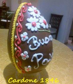 Uovo artigianale decorato  a mano