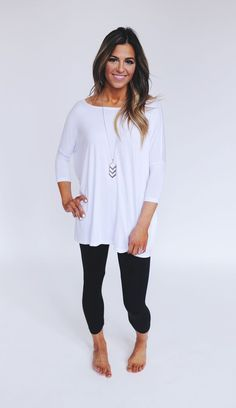 Love this look. Simple leggings and perfect top for it! - Leggings Black - Ideas of Leggings Black - Love this look. Simple leggings and perfect top for it! Look Fashion, Fashion Outfits, Womens Fashion, Fall Fashion, Fall Winter Outfits, Autumn Winter Fashion, Looks Style, Style Me, Daily Style