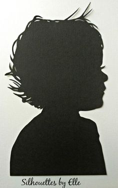 Personalized Custom Silhouette Side View Paper Cutting / custom hand cut silhouette/ silhouette portrait / silhouette cutting out. Dress up your nursery, little ones room or give an amazing birthday present to your loved ones with my hand cut silhouette portrait. Classy and dramatic, each of my unique hand cut silhouettes is made just for you! Designed off of your photos, each of these silhouettes is the perfect size to adorn any room. How do I make these custom? Once you've purchased…
