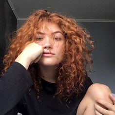 All you red heads and gingers out there, please take pride in your hair! It's beautiful 😍 Curly Ginger Hair, Wavy Hair, Red Hair, Hair Inspiration, Hair Inspo, Curly Hair Styles, Natural Hair Styles, Chica Cool, My Hairstyle