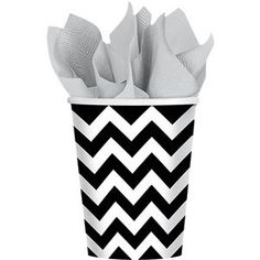 Black and White Chevron Cups 18ct