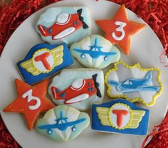 Decorated sugar cookies. Birthday vintage aviation, airplanes  theme. Airplanes, Sugar Cookies, Aviation, Polymer Clay, Therapy, Party Ideas, Birthday, Desserts, Vintage