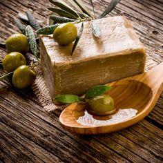 Seife herstellen - Seifen-Rezept: Olivenseife zum Selbermachen - eine pflegende und wohltuende Seife aus nur 3 Zutaten...